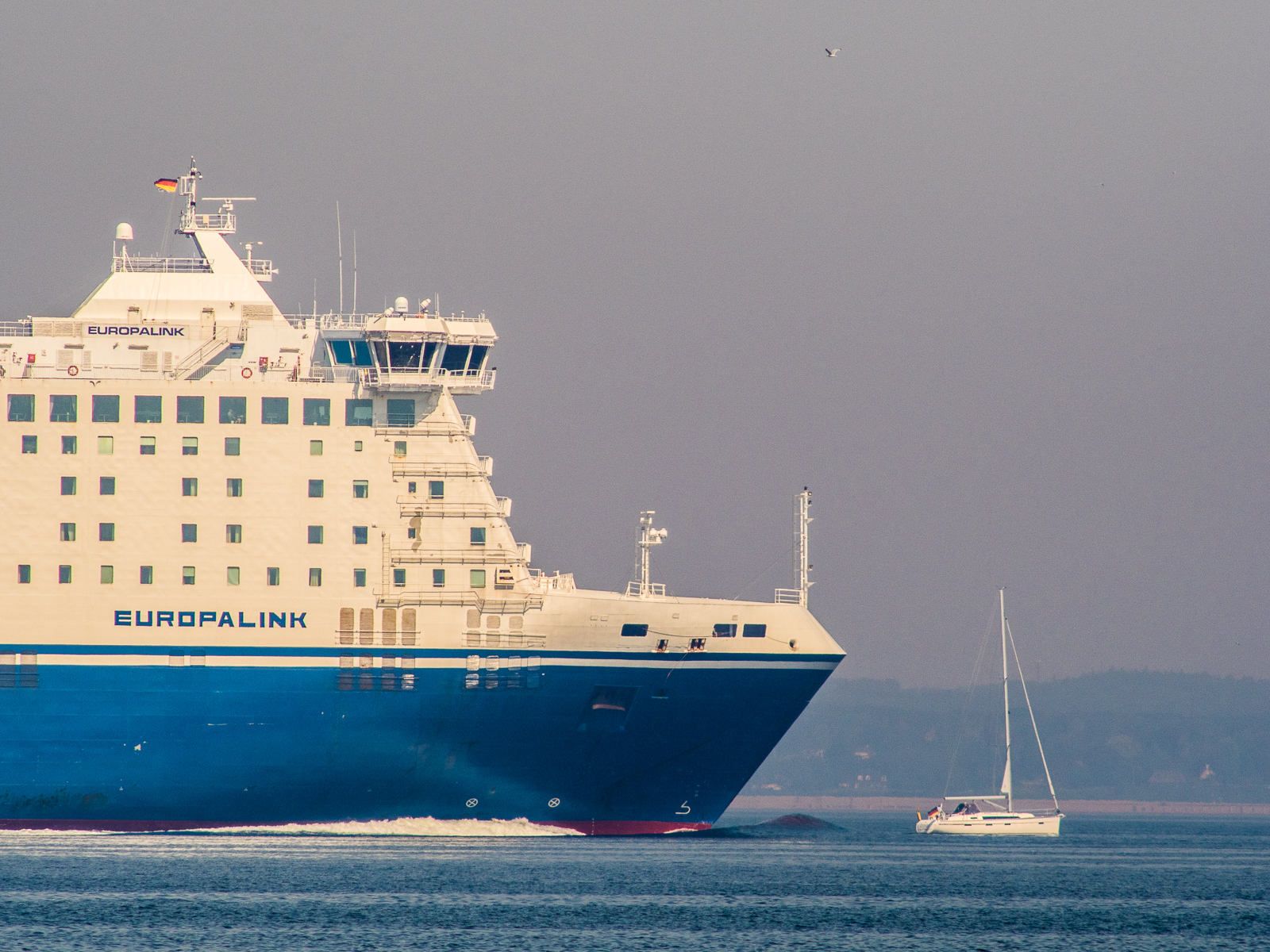 "Finnlines-Fähre ""verfolgt"" Segelboot"